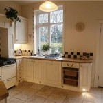 11 Barnfield kitchen